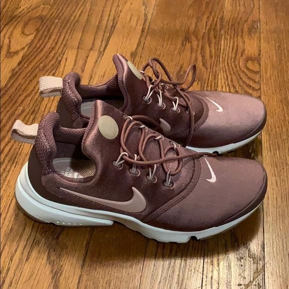 Nike Shoes   Womens Nike Gym Shoes